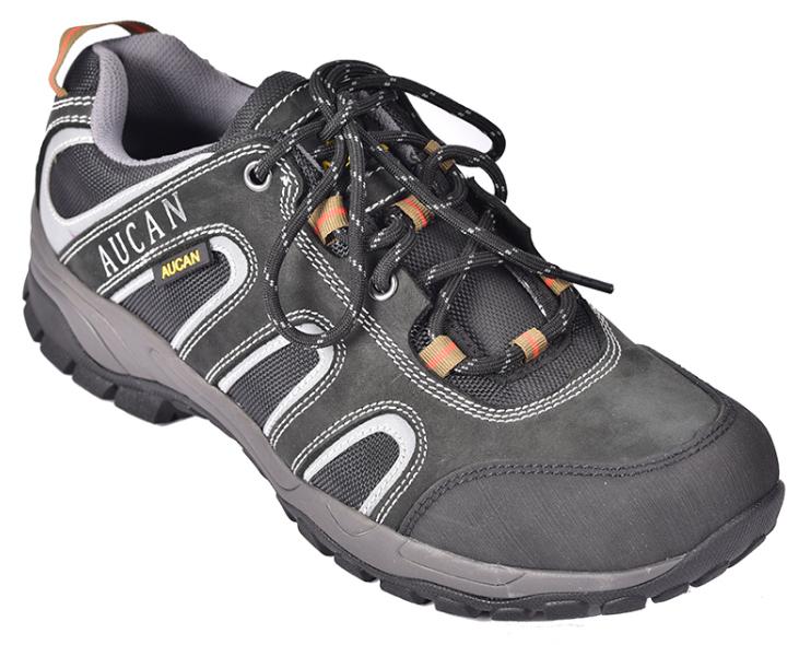 劳保鞋出现磨脚怎么办?