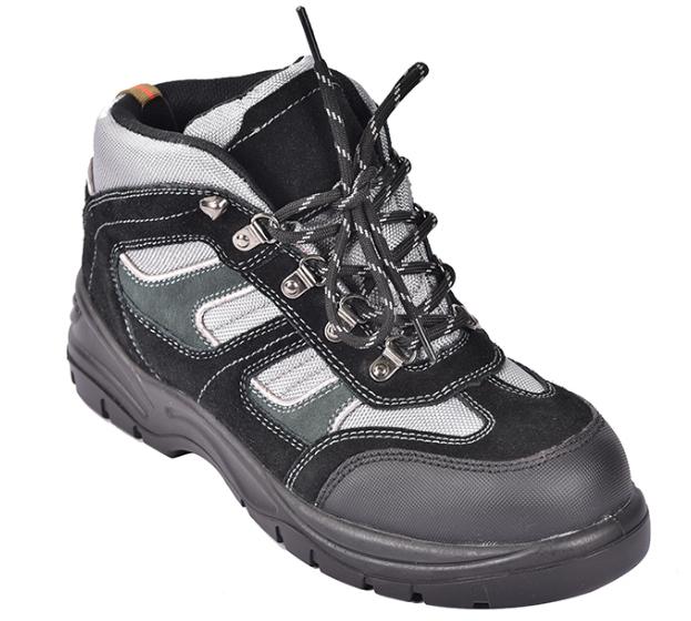 安全鞋在钢包头的作用特性